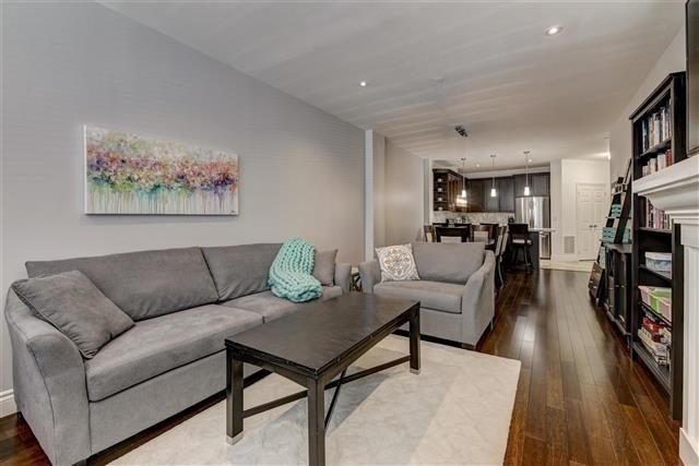 Condo Apartment at 980 Yonge St, Unit 208, Toronto, Ontario. Image 17