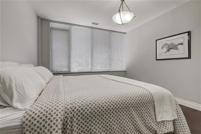 Condo Apartment at 980 Yonge St, Unit 208, Toronto, Ontario. Image 2