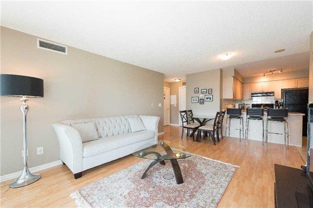 Condo Apartment at 5500 Yonge St, Unit 1705, Toronto, Ontario. Image 12