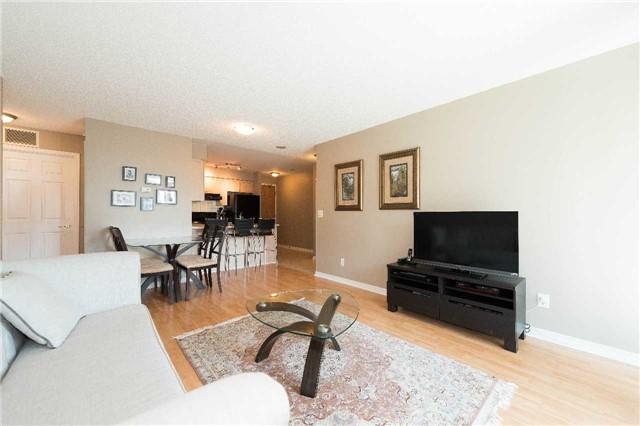 Condo Apartment at 5500 Yonge St, Unit 1705, Toronto, Ontario. Image 14