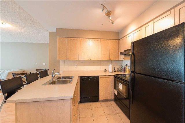 Condo Apartment at 5500 Yonge St, Unit 1705, Toronto, Ontario. Image 18