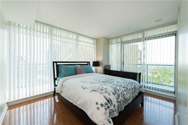 Condo Apartment at 5500 Yonge St, Unit 1705, Toronto, Ontario. Image 20