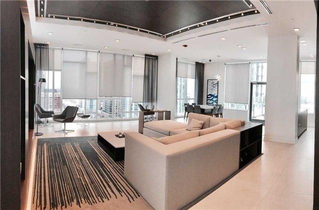 Condo Apartment at 28 Avondale Ave, Unit 601, Toronto, Ontario. Image 6