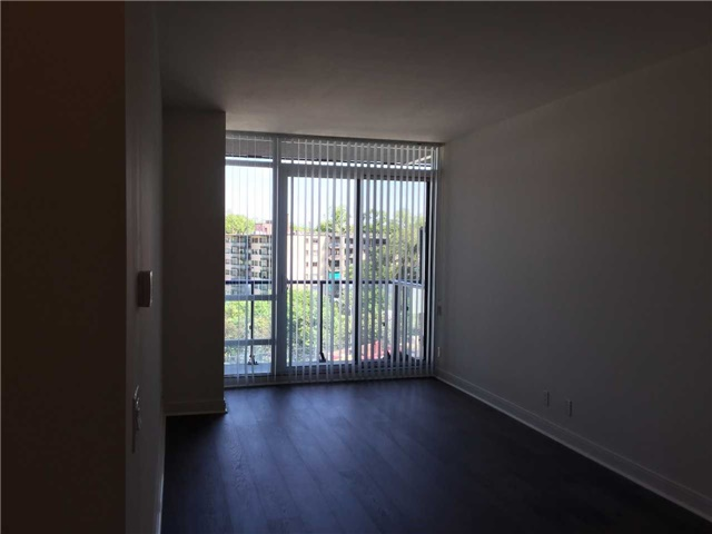 Condo Apartment at 825 Church St, Unit 308, Toronto, Ontario. Image 8