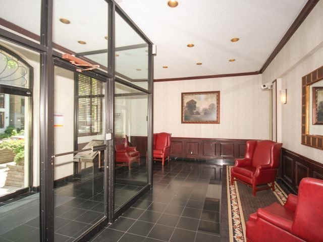 Condo Apartment at 88 Charles St E, Unit 304, Toronto, Ontario. Image 5