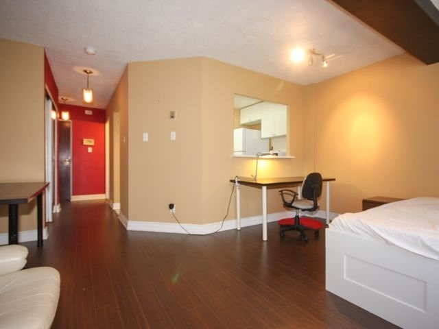 Condo Apartment at 88 Charles St E, Unit 304, Toronto, Ontario. Image 9