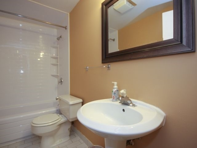 Condo Apartment at 88 Charles St E, Unit 304, Toronto, Ontario. Image 2