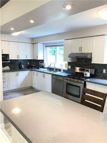Detached at 15 Donnalyn Dr, Toronto, Ontario. Image 11