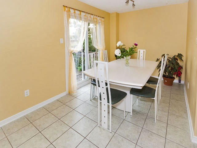 Semi-detached at 27 Henry Welsh Dr, Toronto, Ontario. Image 4