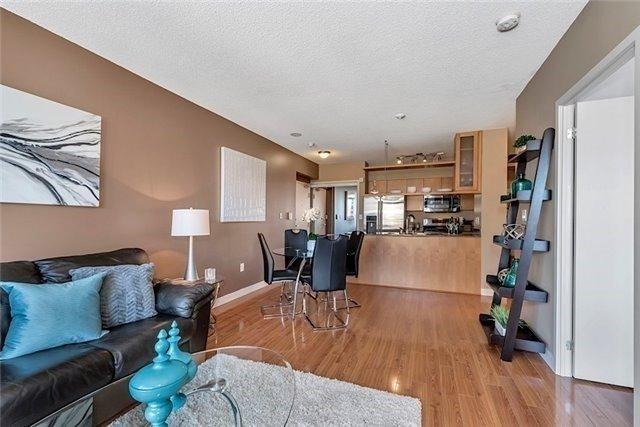 Condo Apartment at 5 Mariner Terr, Unit 306, Toronto, Ontario. Image 16