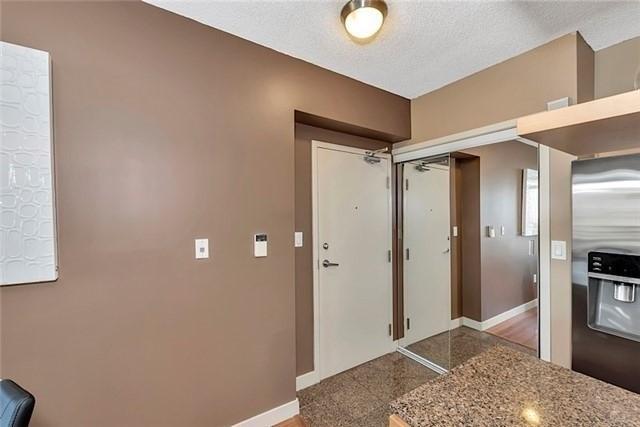 Condo Apartment at 5 Mariner Terr, Unit 306, Toronto, Ontario. Image 17