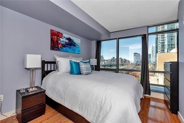 Condo Apartment at 5 Mariner Terr, Unit 306, Toronto, Ontario. Image 5