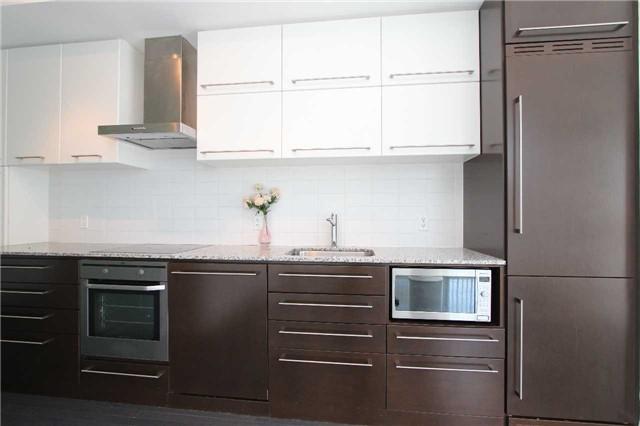 Condo Apartment at 770 Bay St, Unit 712, Toronto, Ontario. Image 10