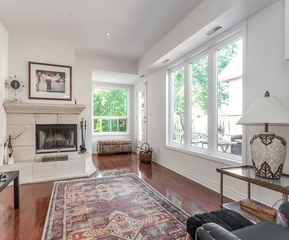 Detached at 98 Laurelcrest Ave, Toronto, Ontario. Image 9
