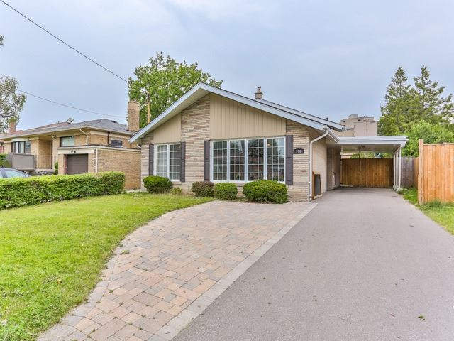 Detached at 106 Baycrest Ave, Toronto, Ontario. Image 1