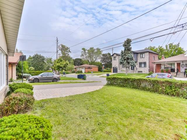 Detached at 106 Baycrest Ave, Toronto, Ontario. Image 15