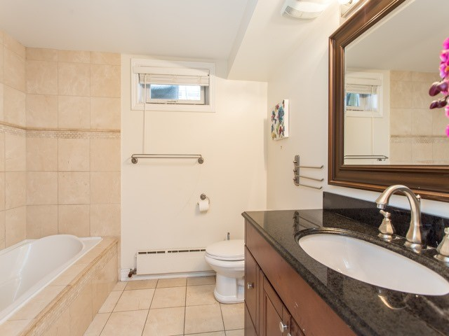 Detached at 106 Baycrest Ave, Toronto, Ontario. Image 9