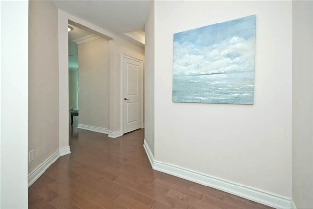 Condo Apartment at 10 Bloorview Pl, Unit 1807, Toronto, Ontario. Image 15