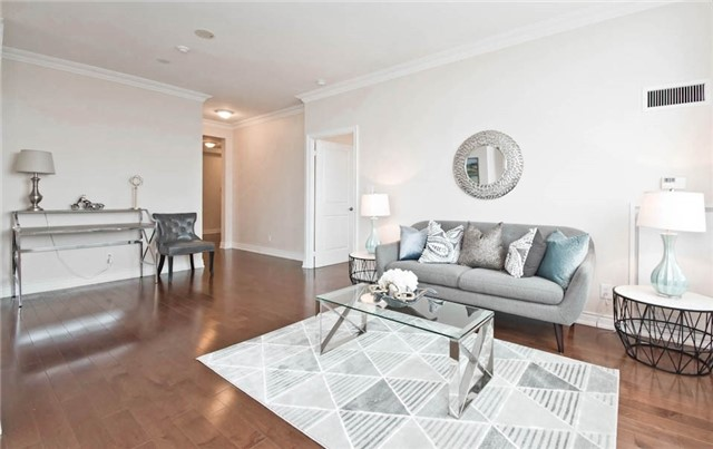 Condo Apartment at 10 Bloorview Pl, Unit 1807, Toronto, Ontario. Image 17