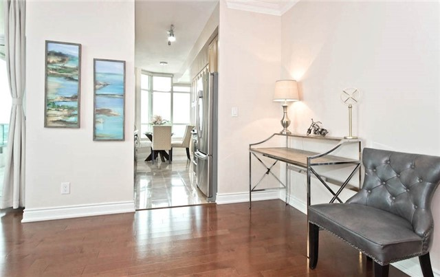 Condo Apartment at 10 Bloorview Pl, Unit 1807, Toronto, Ontario. Image 18