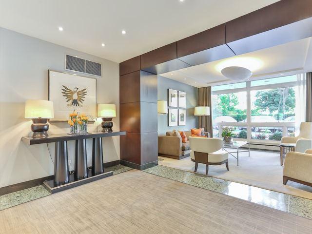 Condo Apartment at 500 Avenue Rd, Unit 707, Toronto, Ontario. Image 10