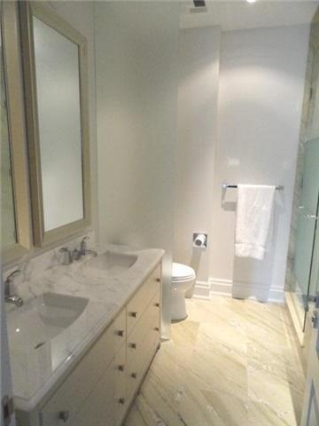 Condo Apartment at 55 Scollard St, Unit 703, Toronto, Ontario. Image 6
