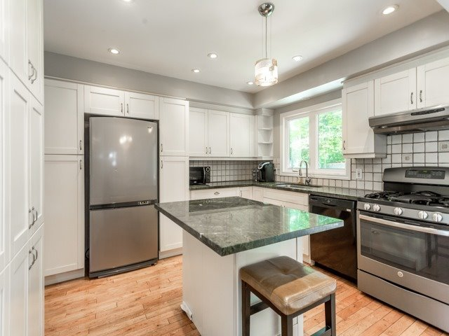 Detached at 19 Christine Cres, Toronto, Ontario. Image 19