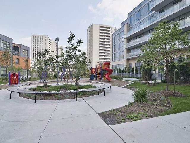 Condo Apartment at 62 Forest Manor Rd, Unit 1211, Toronto, Ontario. Image 10
