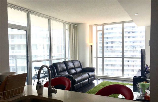 Condo Apartment at 62 Forest Manor Rd, Unit 1211, Toronto, Ontario. Image 13