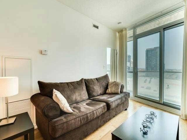 Condo Apartment at 65 Bremner Blvd, Unit 1309, Toronto, Ontario. Image 14