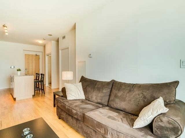 Condo Apartment at 65 Bremner Blvd, Unit 1309, Toronto, Ontario. Image 15