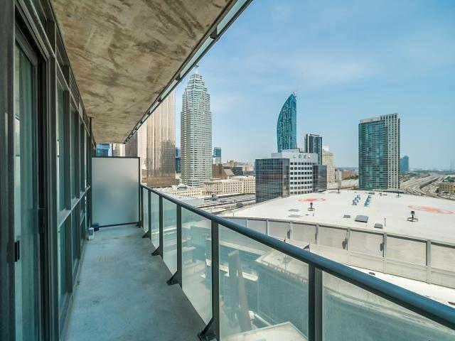 Condo Apartment at 65 Bremner Blvd, Unit 1309, Toronto, Ontario. Image 3