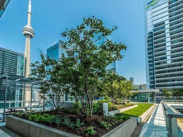 Condo Apartment at 65 Bremner Blvd, Unit 1309, Toronto, Ontario. Image 7