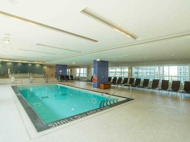 Condo Apartment at 65 Bremner Blvd, Unit 1309, Toronto, Ontario. Image 9