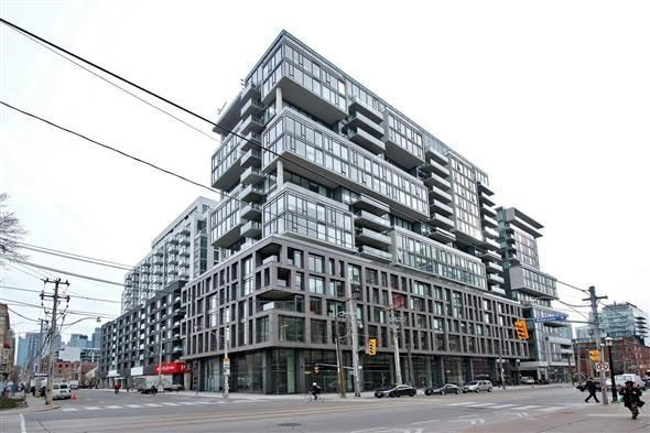 Condo Apartment at 111 Bathurst St, Unit 1010, Toronto, Ontario. Image 1