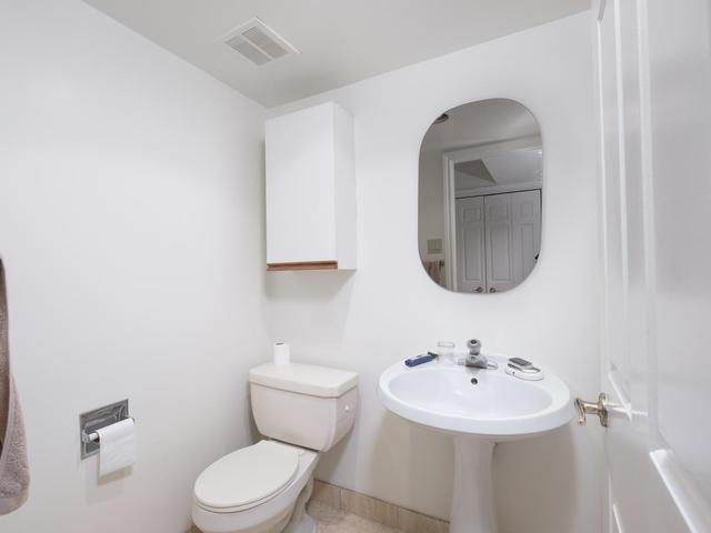 Condo Apartment at 65 Spring Garden Ave, Unit 706, Toronto, Ontario. Image 9