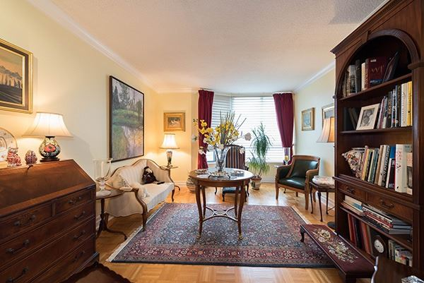 Condo Apartment at 160 Frederick St, Unit 605, Toronto, Ontario. Image 15
