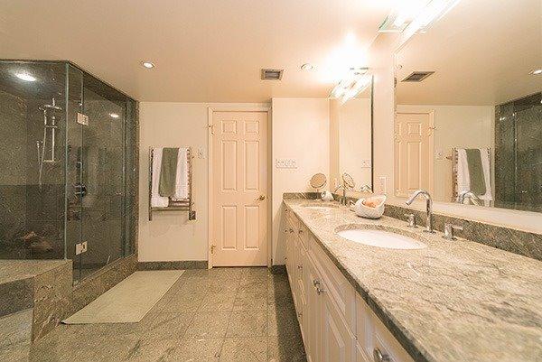 Condo Apartment at 160 Frederick St, Unit 605, Toronto, Ontario. Image 5