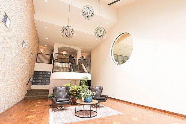 Condo Apartment at 160 Frederick St, Unit 605, Toronto, Ontario. Image 7