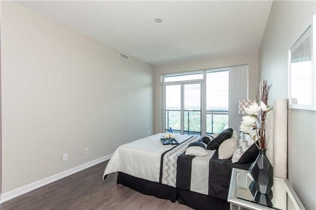 Condo Apartment at 5162 Yonge St, Unit Ph307, Toronto, Ontario. Image 3