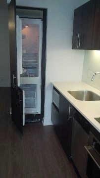 Condo With Common Elements at 508 Wellington St W, Unit 607, Toronto, Ontario. Image 1