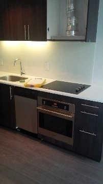 Condo With Common Elements at 508 Wellington St W, Unit 607, Toronto, Ontario. Image 6
