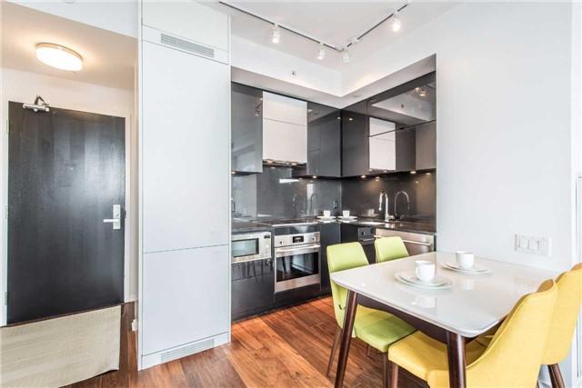 Condo Apartment at 125 Peter St, Unit 2301, Toronto, Ontario. Image 6