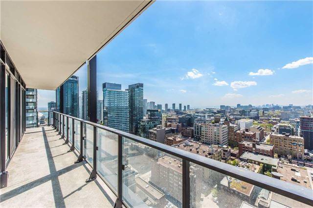 Condo Apartment at 125 Peter St, Unit 2301, Toronto, Ontario. Image 11