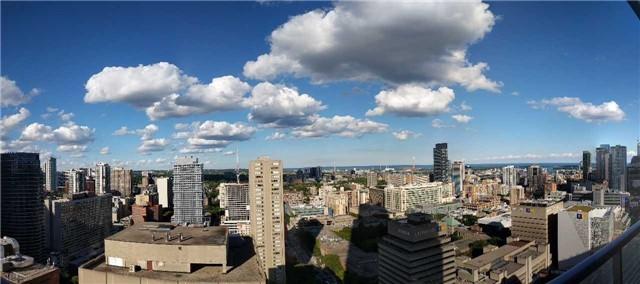 Condo Apartment at 386 Yonge St, Unit 2804, Toronto, Ontario. Image 7