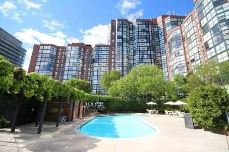 Condo Apartment at 701 King St W, Unit 914, Toronto, Ontario. Image 5