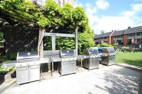 Condo Apartment at 701 King St W, Unit 914, Toronto, Ontario. Image 6