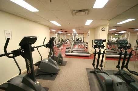 Condo Apartment at 701 King St W, Unit 914, Toronto, Ontario. Image 8