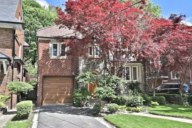 Detached at 12 Millbank Ave, Toronto, Ontario. Image 1