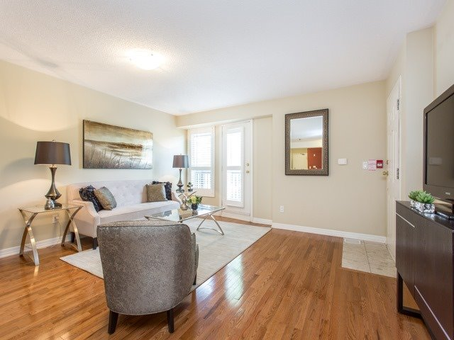 Condo Townhouse at 118 Finch Ave W, Unit 17, Toronto, Ontario. Image 10